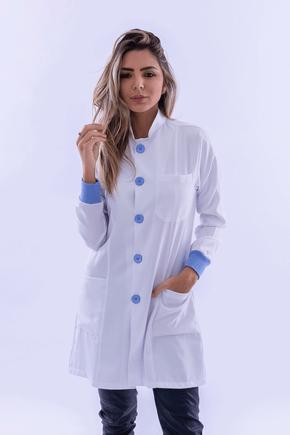 jaleco-feminino-microfibra-gabardine-com-gola-padre-e-punho-azul-02